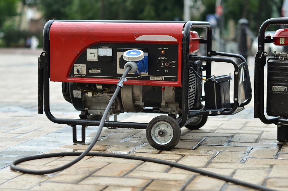 10000 watt red generator